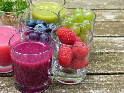 Противопоказания для лечения фруктовыми и ягодными соками